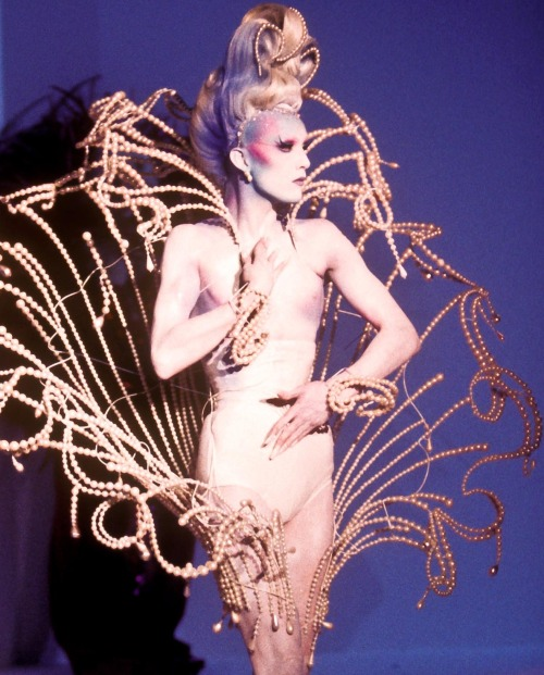 monsieur-j:  Thierry Mugler - Fall 1995 Couture