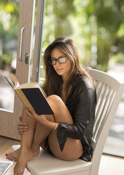 Girls who enjoy reading can get it.