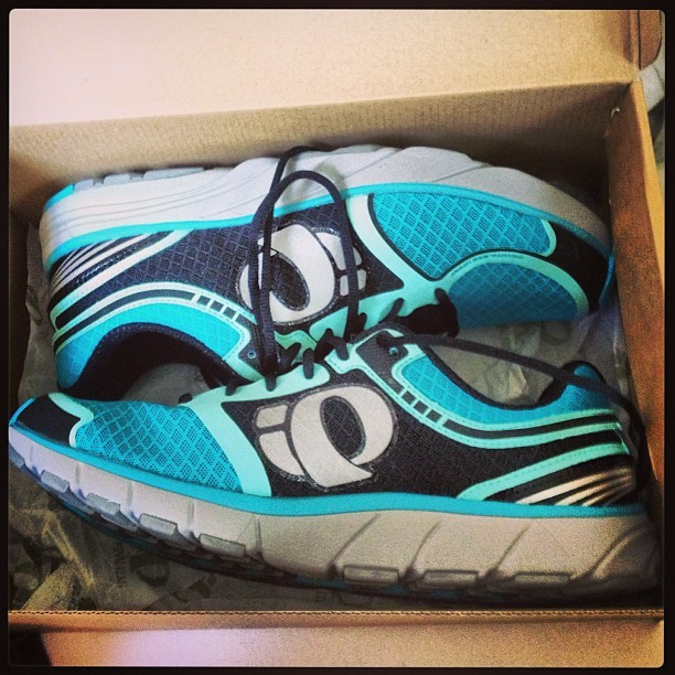 Maybe these will put a lil pep in my step… #running #runningfromdiabetes #pearlizumi #scuba #motivation