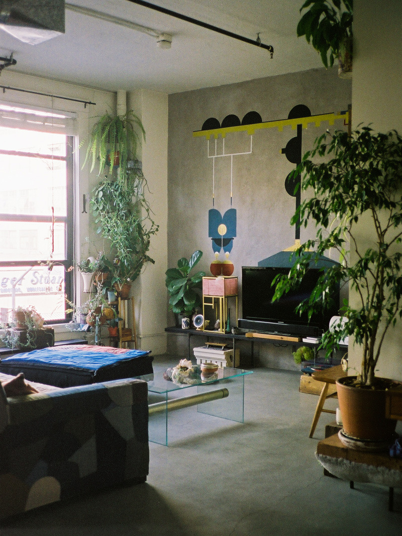 onethru8:  a photo of my apartment taken by the amazing Dabito for his blog : oldbrandnew! see the whole house tour here
