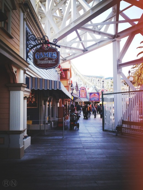 breathingcalifornia:  Disneyland California Adventure- Paradise Pier