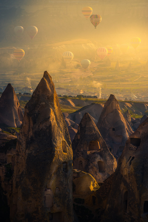 vurtual:  Morning Cappadocia - Nevşehir, Turkey (by Coolbiere. A.)