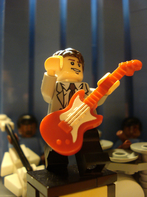 this minifig reminded me of Eleventh Doctor X)