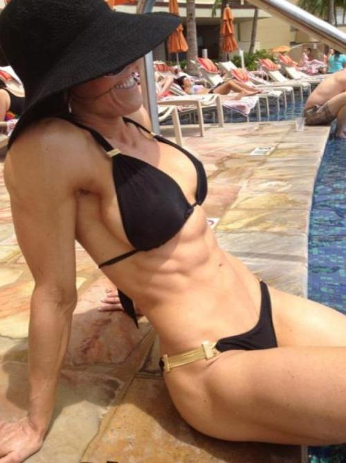 dailyfitnessgirls:  Awesome Fitness Girl