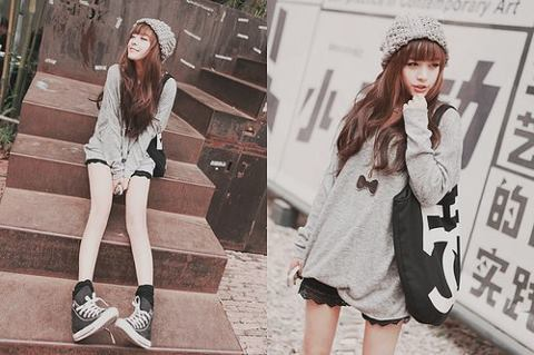 ulzzang fashion | Tumblr on We Heart It - http://weheartit.com/entry/41587554/via/LoveLittleME  Lace shorts….oversized jumper, I love this casual look, so comfy but looks great