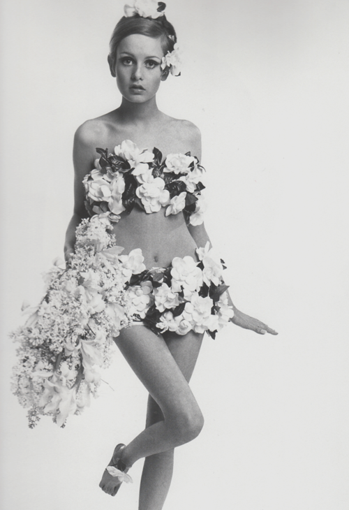 retrogasm:  Twiggy by Bert Stern