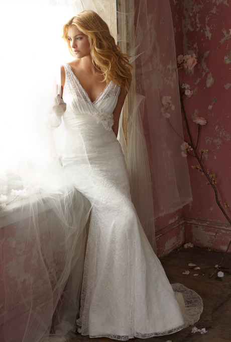 (via Alvina Valenta Wedding Dresses | Brides.com)