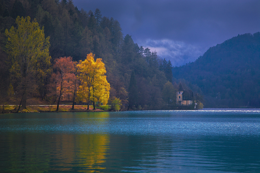 definitelydope:  Bled,Slovenia (by David Butali)