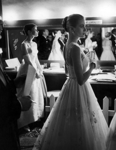 undiscoveredwonders:  Audrey Hepburn and Grace Kelly, 1956