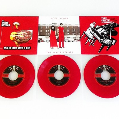 listened to all three of these #whitestripes reissues this afternoon. the girls and i were dancing our fannies off! #recordstoreday #vinyl #vinyligclub #records #45s #nowplaying #nowlistening #tmr #jackwhite #reissue
