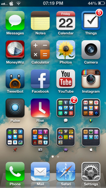 Today's #iPhone5 homescreen.