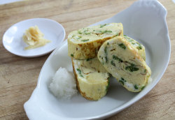 Japanese-style Rolled Vegetable Omelette