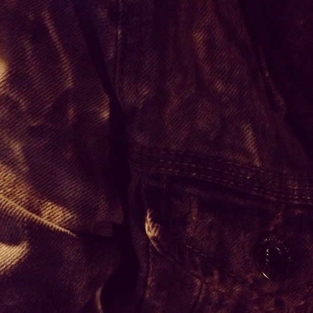 #denim #jacket #agua reflejada   #iphonesia #instamood #photooftheday #instagood #me #picoftheday #beautiful #Histapic #instacanvas #impactmedia #all_shots #instago #igaddict #likeforlike #instagramers #followme #webstagram #follow #tweegram #iphone4s #like #life #instahub #amazing #awesome  #textgram #hashtags