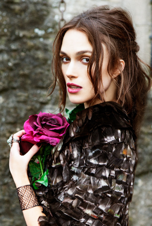suicideblonde:  Keira Knightley photographed by Ellen von Unwerth for Harper's Bazaar UK, September 2012