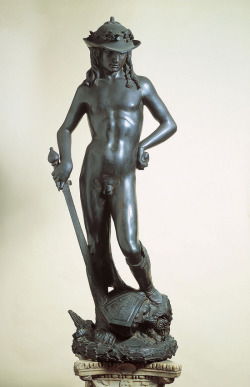 "Donatello (1386-1466), David, c.1420s-1460s, Museo Nazionale del Bargello, Florence. The sculpture was originally mounted on a pedastal, with an inscription which read: ""The victor is whoever defends the fatherland.  God crushes the wrath of an enormous foe.  Behold! A boy overcame a great tyrant.  Conquer, o citizens!"""