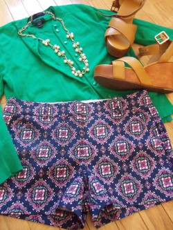 aprettypreppylife:    OOTD Jackie Sweater Set, Shorts, Necklace: J.Crew  |  Shoes: Tory Burch