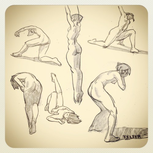 A few quickstudies from earlier. #art #illustration #figuredrawing #drawing #pencil #quickstudies #sketch #sketchbook