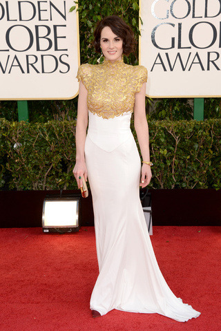 Chic Michelle Dockery Golden Globes