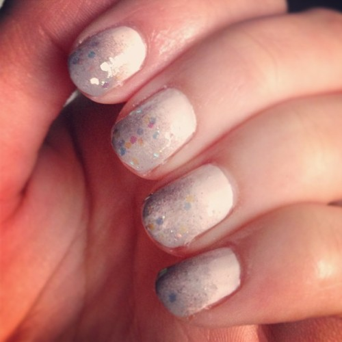 #Cream to #grey #ombrenails with some #glitter on the tips. #notd #nailart #nailpolish #nails