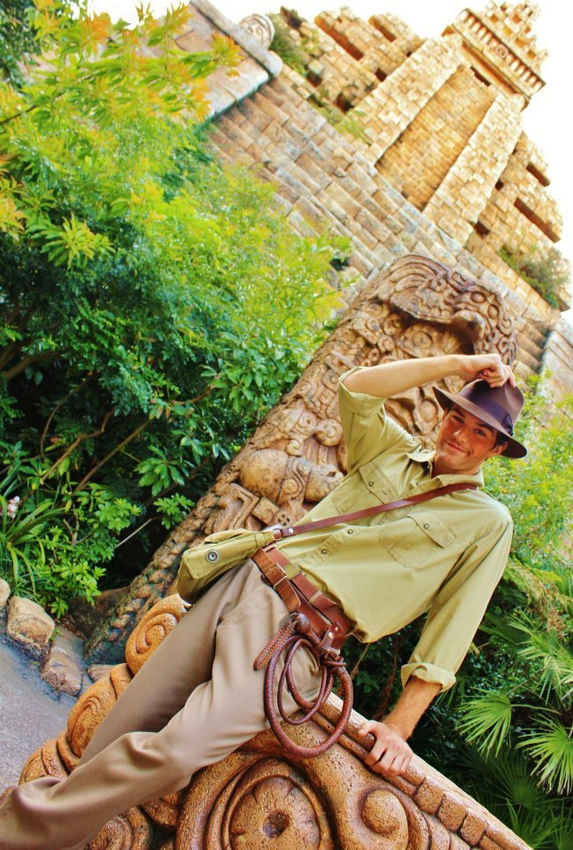dmorg888:  Indiana Jones! Taken by my friend Misa. :)