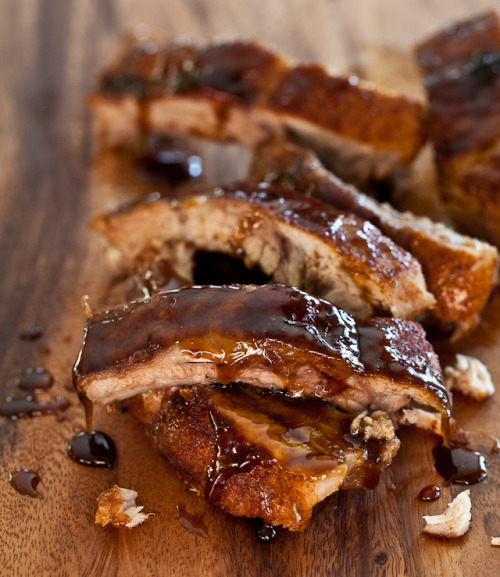 gastrogoodies:  Cayenne Cinnamon Baby Back Ribs with Maple Glaze