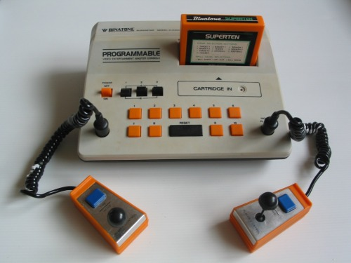 Binatone Superstar - 1978 Retro Computer en Games Museum