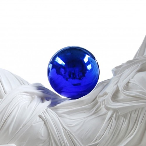artruby:  New York: Jeff Koon's Gazing Ball is opening tonight at David Zwirner from 6-8pm.   i love Jeff Koons.
