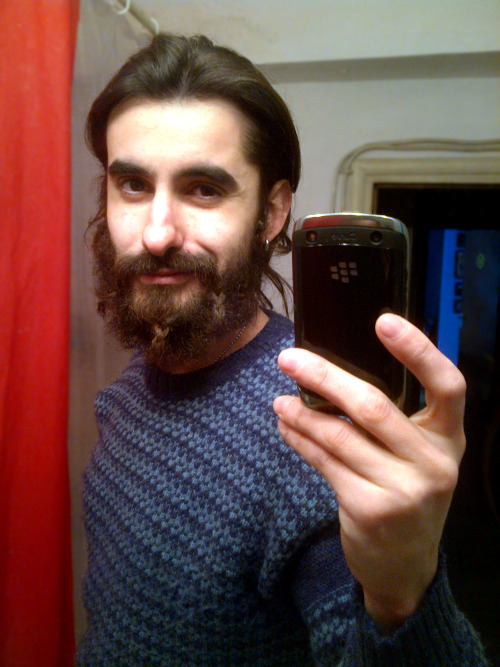 soy-ivan-g:  braided beard!!! YES!