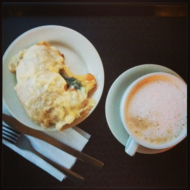 Spinach Bechemel Croissant & Cafe Au Lait #foodspotting #breakfast #nola  (at Croissant d'Or Patisserie)