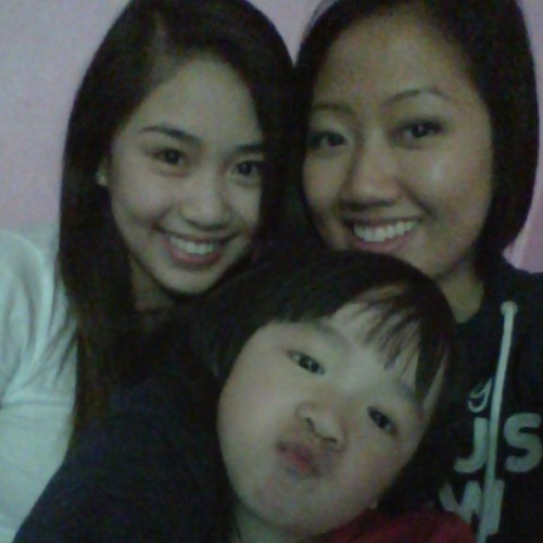 My purdy lil girlies <3 #asian #cuties #smile #duckface (at Windsor, Ontario)