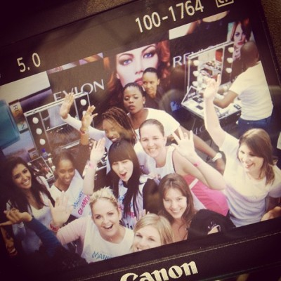 Fun with the @revlonsa crew at the #glamstilettorun.