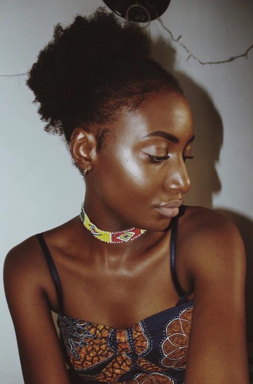 melanin dark skin highlight Ankara African print natural hair Afro puff Fulani jewellery choker fairy lights Dream catcher
