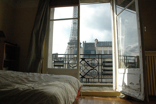 bluepueblo:  Eiffel Tower Bedroom, Paris, France photo via jamie