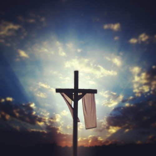 CHRIST IS RISEN, HE'S RISEN INDEED!!!! Happy Easter, y'all! #christisrisen #easter #salvation #jesus #christian #eastersunday