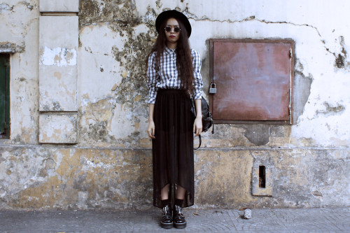 lookbookdotnu:  FLANNEL (by Vu Thien)