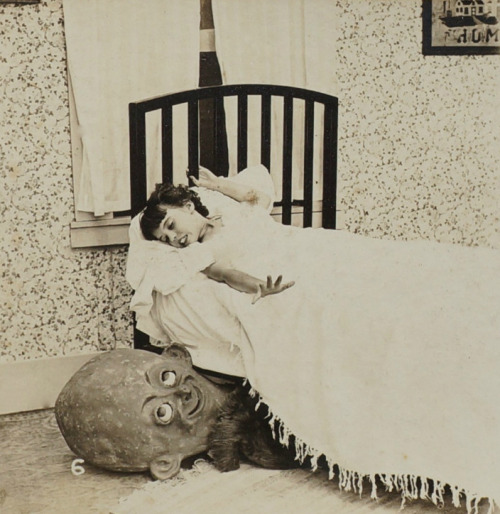 thehystericalsociety:  Boogeymen - part of a series of eerie stereoviews - dated 1923 (Via)