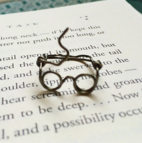 truebluemeandyou:  DIY Wire Harry Potter Glasses Ring Tutorial from Right Where I Left Off.Tip: practice on cheap wire and make on nice wire. For pages more of wire DIYs go here: truebluemeandyou.tumblr.com/tagged/wire For excellent information on wire for jewelry see this post: DIY Everything You Need to Know About Jewelry Wire from Jewelry Tutorial Headquarters.These are excellent easy to understand posts for anyone working with wire.TIP:If you are planning to sell wire jewelry it is nice for the customer to know exactly what type of wire they are getting especially if it is sterling silver.