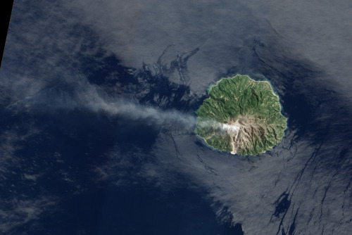 Sporadic eruptions from Paluweh Volcano have been sending ash and volcanic gases into the air since late 2012. This natural-color image was acquired by the Advanced Land Imager (ALI) on the Earth Observing-1 (EO-1) satellite on April 19, 2013.   Vivid example of a volcanic island in action.