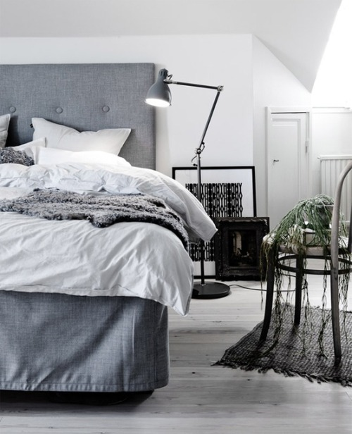 grey room (via Home sweet home :) / ♥)