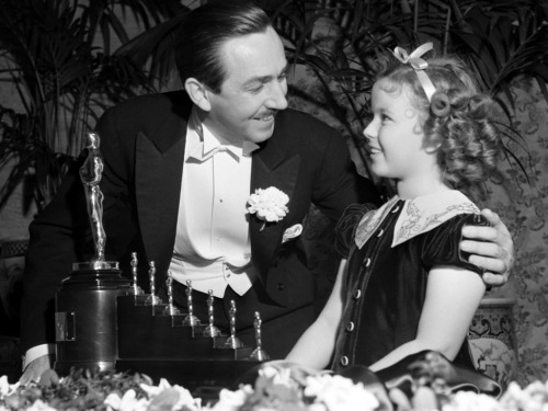 Shirley Temple and Walt Disney at the Oscars, 1939