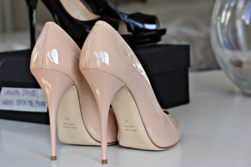 Every girl should own a pair of nude pumps. Classy & sophisticated.