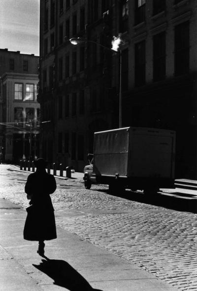 #vintage, #black_and_white, #photography, #street_photography, #street_scene, #city_life, #city_dweller, #woman, #lady, #walking, #alone, #silhouette, #shadows, #light_and_sh