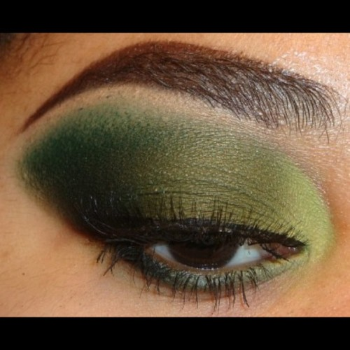 #HappyStPatricksDay you can view my simple easy #green #eyeshadow tutorial using #bhcosmetics  at http://www.youtube.com/makemeupbywhitney  #makeupandkiss #makeup_loooks33 #makeupdoll #vegas_nay #makeupftw #makeuplover #ilovemakeup #makeupdolls #itsmarisaross #ardellwispies #eyeart #the_makeup_world #exhalebeauty #jackieglams #nofilter #makeuphoneys