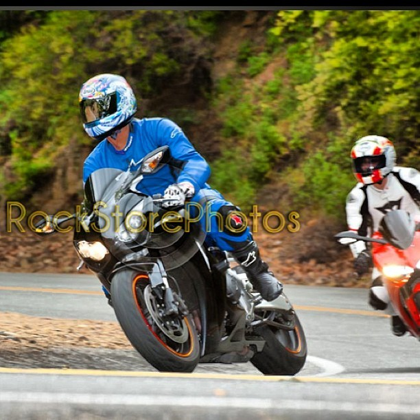 Me and Father at the Snake #mullholand #honda #cbr1000 #ducati #panigale #1199 #snake #mullholand #rockstore #legit #onepiece #blue #lol #projectowl