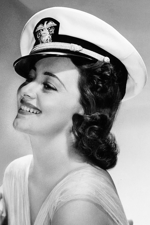 Olivia de Havilland in 'Wings of the Navy', 1939.