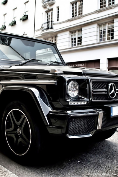 watchanish:  G63 AMG x London