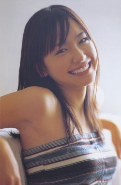 asiadreaming:  yui aragaki | 新垣結衣