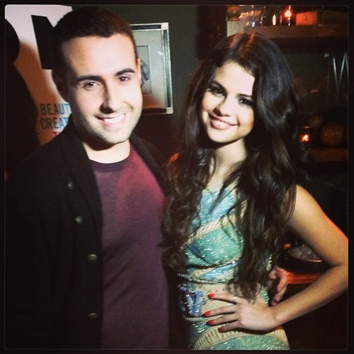 smg-news:  @ExtraCarlo: My pic with @selenagomez at the #nylon magazine party