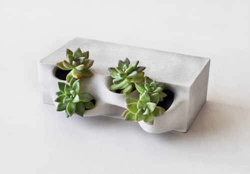 archdaily:  Planter Bricks (via emerging objects)