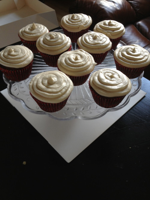 May 2013- Sticky toffee cupcakes